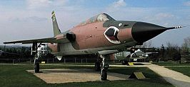 Republic F105F Thunderchief.jpg
