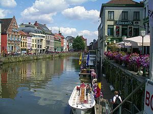 Riverside at Ghent at noon