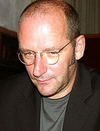 Robert Schneider by Steschke 2004.jpg