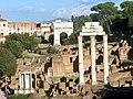 Roman Forum (6071927972).jpg