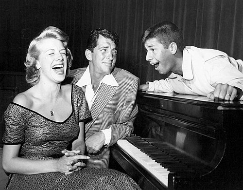 Rosemary Clooney, Dean Martin and Jerry Lewis on TV's The Colgate Comedy Hour, 1952 Rosemary Clooney Dean Martin Jerry Lewis Colgate Comedy Hour 1952.jpg