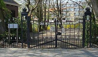 Schiebroek - Rotterdam, Ringdijk 43.