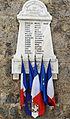 Roubion - Monument aux morts.JPG
