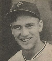 Russ Baures 1940 Play Ball card.jpeg