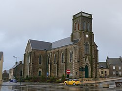 Saint-Cyr-en-Pail - Église Saint-Cyr-et-Sainte-Julitte - 1.jpg