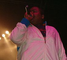 Sean Kingston performing in 2007.