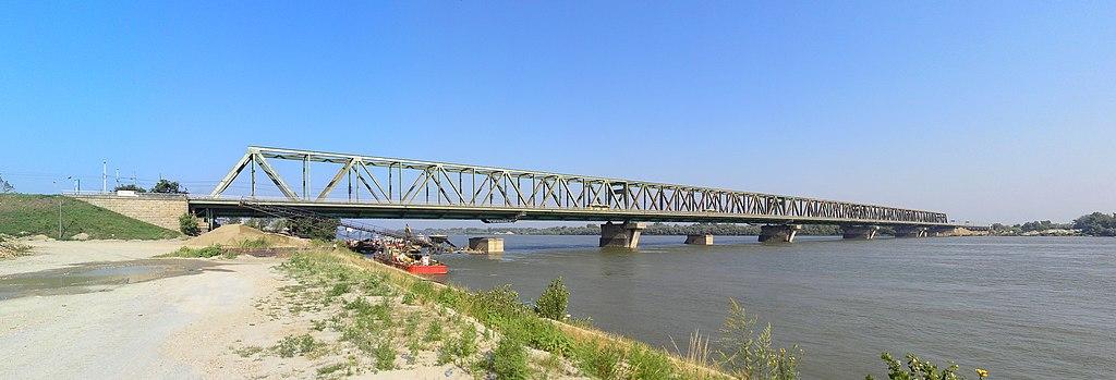 Beogradski mostovi i ono što nismo znali o njima 1024px-Serbia%2C_Belgrade%2C_Pancevo_bridge%2C_07.08.2011