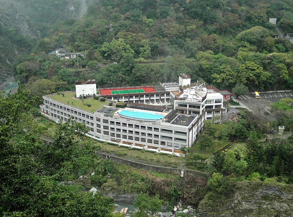 Taiwan Hotel With Hot Spring In Room