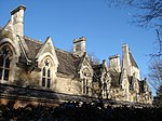 Sir William Powell's Almshouses 02.JPG