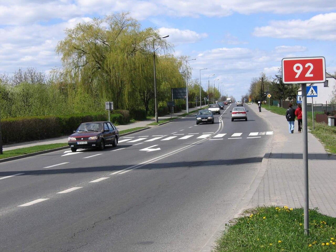 1280px-Slupca_-_droga_krajowa_nr_92.jpg