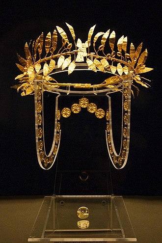 Wreath - A golden wreath and ring from the burial of an Odrysian Aristocrat at the Golyamata Mogila in the Yambol region of Bulgaria. Mid 4th century BC.