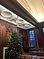 Somerville College Oxford, Hall with Christmas tree.jpg