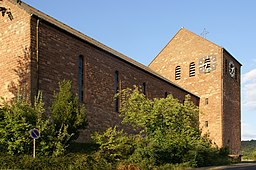 The parish church in Sommerkahl is very large and clearly structured, its name is Mater dolorosa