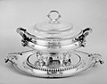 Soup tureen with cover and stand MET 118172.jpg