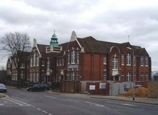 Southend Adult Community College - geograph.org.uk - 700459