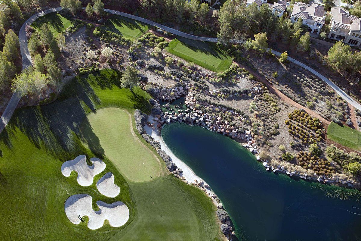 Las Vegas Real Estate >> Southern Highlands Golf Club - Wikipedia