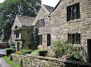 Listed buildings in Worsthorne-with-Hurstwood - Image: Spenser's House geograph.org.uk 494506