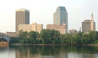 Metro Center, Springfield, Massachusetts - Springfield's characteristic skyline with Monarch Place and Tower Square comprises the largest buildings in Metro Center.