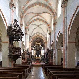 St-Ursanne-Collegiale-Interieur-1.jpg