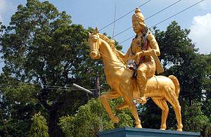 Ruins of Jaffna kingdom - Image: Statue of king Cankili II