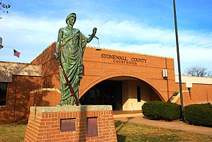 Stonewall county courthouse.JPG