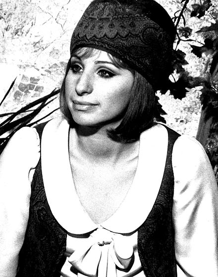 In On a Clear Day You Can See Forever (1970) Streisand - Clear Day 1970.JPG