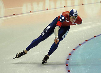 2007 World Allround Speed Skating Championships - The world champion, Sven Kramer, through a curve.