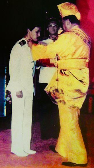 Tengku Putra - TENGKU DATO' SETIA PUTRA ALHAJ receiving SSA from late Sultan Selangor