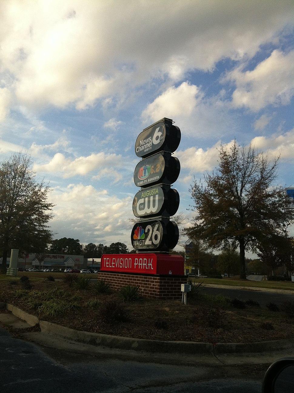 TV Networks in the former Barnes & Noble Augusta GA