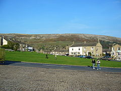 The village green, Reeth. - geograph.org.uk - 577514.jpg