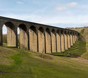 Thornton Viaduct, as seen from the 7th green of Headley Golf Club Thornton viaduct bradford.jpg
