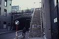 Tijdelijke noodtrap naar het zijperron in Antwerpen Centraal.jpg