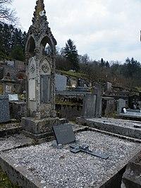 Tombe de Julie-Victoire Daubié.jpg