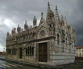Santa Maria della Spina - The right side of the church