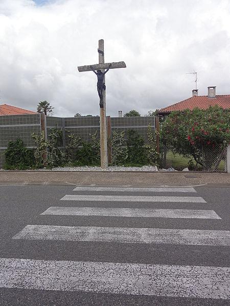 Tosse (Landes) croix de chemin