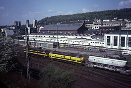 Train from Belgium in Aachen West 1986.jpg