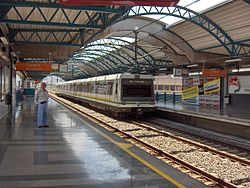 Train of Line B at Cisneros Station, Medellin Metro.JPG