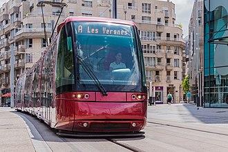 Clermont-Ferrand tramway - Image: Translohr STE4 143