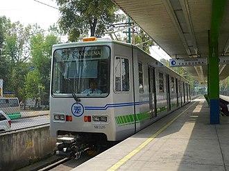 Xochimilco Light Rail - Image: Tren ligero mexico DF