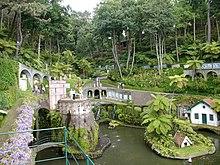 Tropical garden - Wikipedia