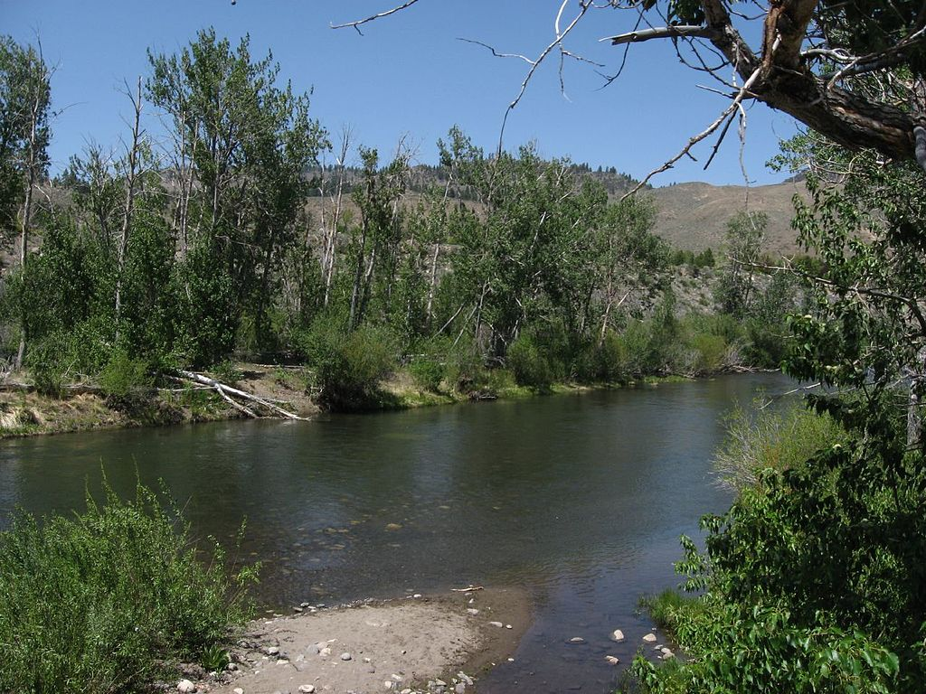 truckee dating Nestled in the beautiful mohawk valley, blairsden is located 50 miles north of truckee dating back to the 1900's, this town served as a train stop and a place for summer recreation, providing great fishing and hiking.