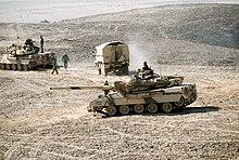 Opération Daguet 220px-Two_AMX-30_main_battle_tanks_in_1991