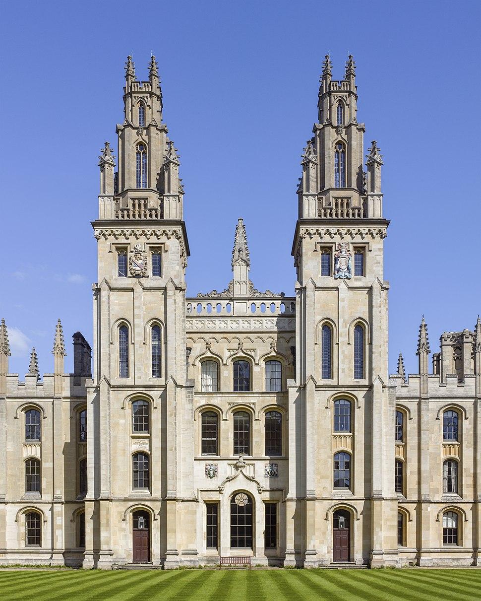 The twin towers of Hawksmoor's Quadrangle