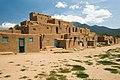 USA 09669 Taos Pueblo Luca Galuzzi 2007.jpg