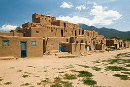Pueblo de Taos, New Mexico.