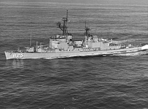USS Carpenter (DD-825) underway off the coast of San Diego, in February 1976 (NH 107128)