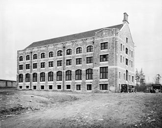 Vancouver School of Theology - Union College of British Columbia building in 1928