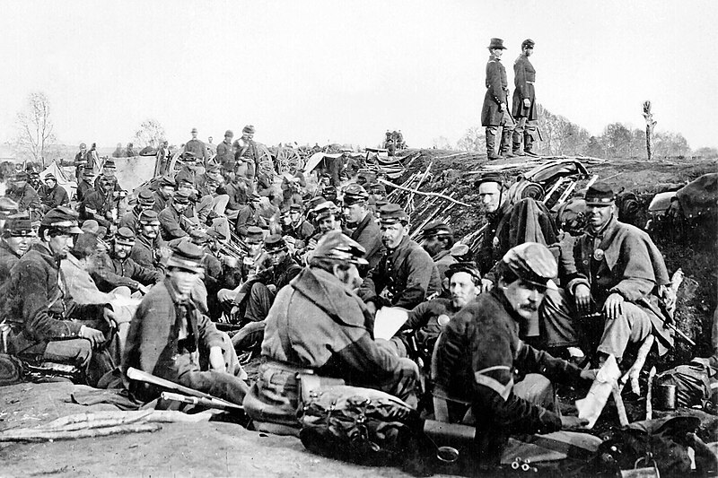 File:Union soldiers entrenched along the west bank of the Rappahannock River at Fredericksburg, Virginia (111-B-157).jpg