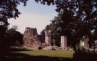 Ugrin Csák, Archbishop of Esztergom - The ruins of Vértesszentkereszt Abbey