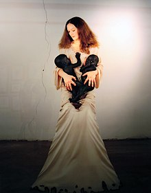 Vanessa-Beecroft-White-Madonna-with-Twins.jpg